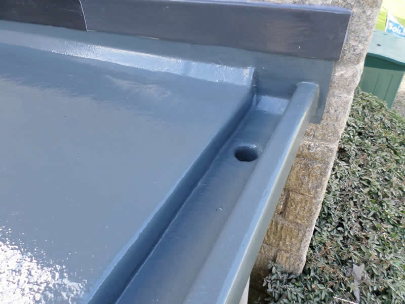 GRP flat roof showing drainage